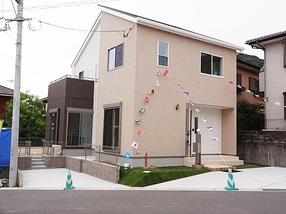 開放的なLDK!シンプルモダンなデザイナーズハウスの家